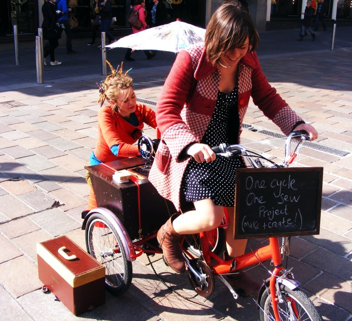 One cycle, One sew, G.I. festival, A series of short lived happenings, 2012 (16)
